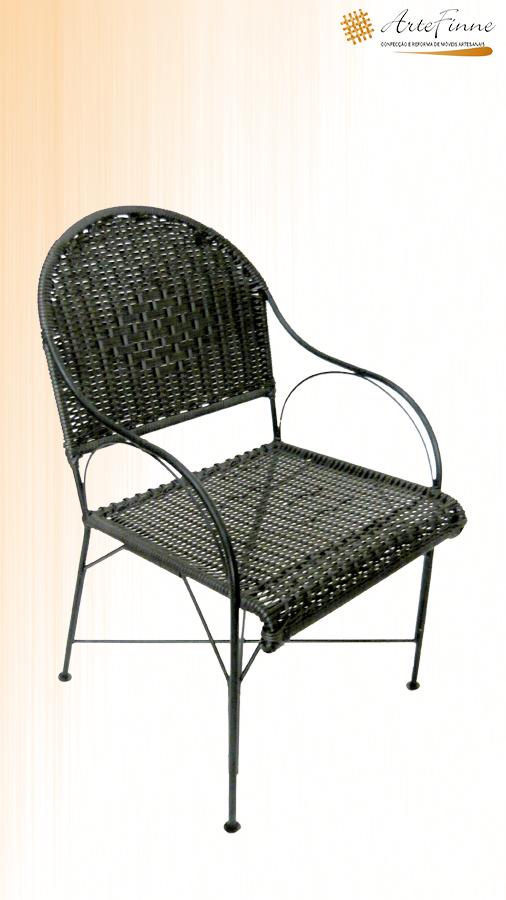 cadeira em ferro maçico